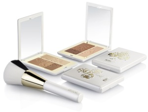 KIKO-Daring-Game-Golden-Game-Sculpting-Bronzer-Brush