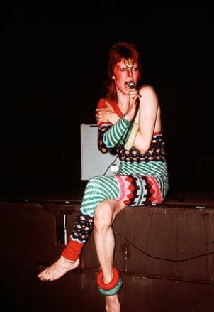 05-david-bowie-new-book