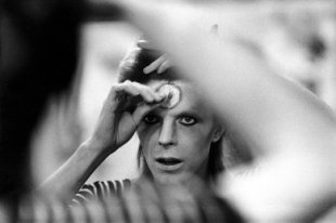 07-david-bowie-new-book