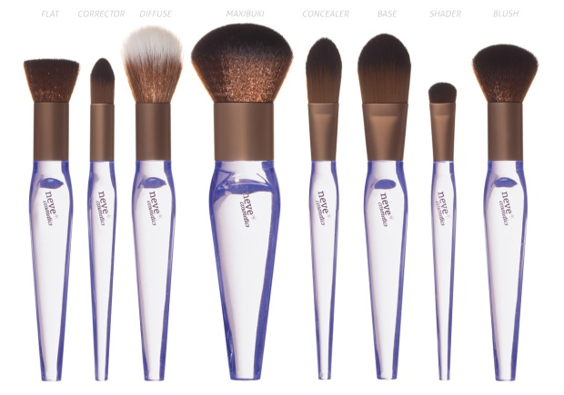 banner-NeveCosmetics-Crystal-Flawless-Brushes-03.jpg